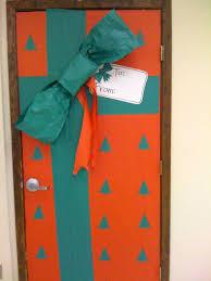christmas office door decorating. Exellent Office Christmas Decorations For Office Doors Exellent Decorations Christmas  For Office Doors Drop Dead Door Decorating T