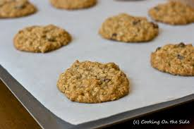 oatmeal raisin cookies cooking