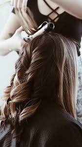 По этой причине многие дамы боятся состригать длинные локоны. Strizhki Na Dlinnye Volosy 2021 Foto Modnyh Trendov V Zhenskih Dlinnyh Pricheskah