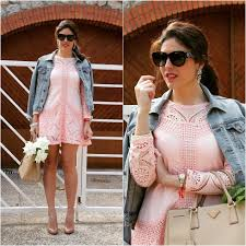 statement earrings wih pink dress