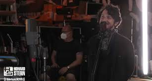 Goodnight, Texas' Avi Vinocur Performs With Metallica On 'The Howard Stern  Show'