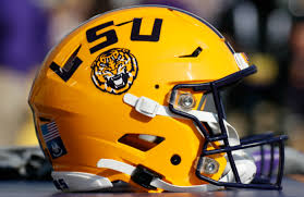 High School Athlete Decoldest Crawford, Who Went Viral for Name, Commits to  LSU | Complex
