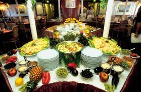 several chefs may prepare meals on a cruise ship banquet chef job description
