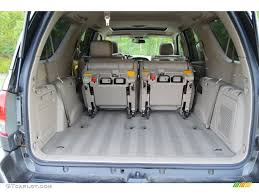 2006 Toyota Sequoia Limited Trunk Photos | GTCarLot.com