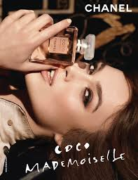 Resultado de imagem para Coco Mademoiselle de Chanel (2001) por Jacques Polge