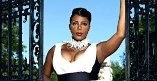 watch sommore chandelier status photo 3 of 6 chandelier status 3 sommore chandelier status backdrop 1