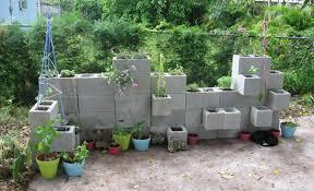 use cinder blocks in raised beds
