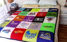 sewing with polyester athletic shirts in a t shirt quilt diy via refabulous