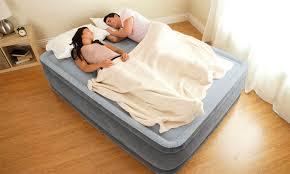 Двуспальные <b>надувные кровати</b> купить недорого с доставкой по ...