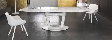 the pedestal changes its original shape to accommodate new ideas and in some cases moves from the sides in the center to achieve a perfect balance and to