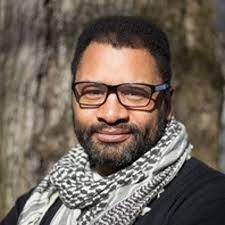 André Middleton: Connecting Communities through Media by Reed College