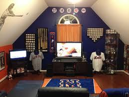 Sports man cave Basement Baseball Attic Mancave Baseball Mom Stuff Incredible Baseball Man Cave Ideas