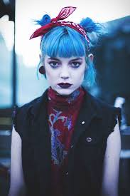 Polychromatic Punk Editorials Bows Moda Punk Estilo Rock A Punk
