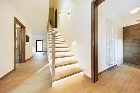 In vielen fällen muss man eine treppe nicht fertig kaufen, sondern kann sie mit. Treppenbau Welche Treppenarten Gibt Es Fertighaus De Ratgeber