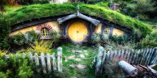 How To Build A Hobbit House Hobbit House Bloom And Bark Farm