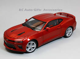 Auto World AW230 2016 Chevy Camaro SS Red 1:18 Scale Diecast