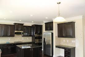 Quartz Versus Granite Kitchen Countertops Kitchen Countertops Granite Vs Quartz