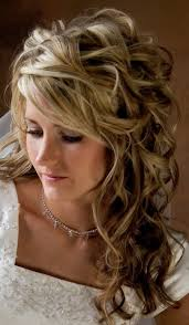 Casual Wedding Curly Hairstyles With Veil For Medium Length Hair