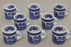 The blue mug, meanwhile, proved to be kind of an intermediate. the opposite was true for perceived sweetness—participants noted less sweetness when the white mug may have influenced the perceived brownness of the coffee and this, in turn, may have influenced the perceived intensity (and. Blue Willow Pattern Coffee Mugs Vintage Japan Blue White China Ceramic Cups