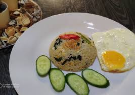 Heat some cooking oil in the wok. Recipe Delicious Nasi Goreng Kampung Malaysian Style All Best Recipes