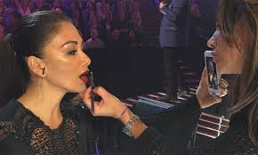 exclusive nicole scherzinger s x factor make up artist on the star s beauty mishap just before the live show