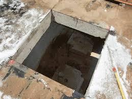 Bei einem rechteckigen deckendurchbruch werden in den ecken des durchbruchs kernbohrungen gesetzt, damit keine überschnitte gemacht werden müssen. Deckendurchbruch Baulexikon