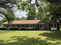 Manning Sc 404 Briarcliff St Manning Sc 29102