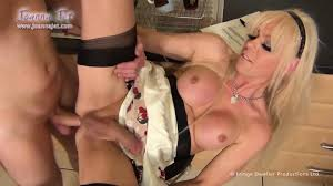 Shemale Joanna Jet Has Fun With Delivery Guy EPORNER Free HD.