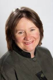 claire bsc hons 1 dip nutr t advadp was the first accredited practising ian to be appointed ceo of daa in 2004