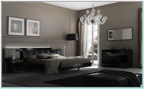 colors that go with gray walls dark