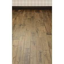 handsed whiskey oak solid wood flooring