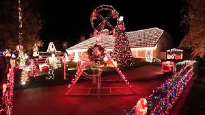 Thoroughbred Christmas Lights 2018 Cars Allowed But Pedestrians Barred From Popular Holiday