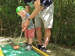 york maze. mini golf at the york maze
