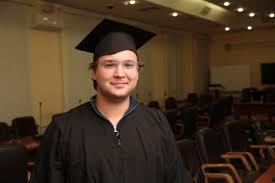Аналитические компетенции выпускников аспирантуры нужны и в  Антон Казун выпускник Аспирантской школы по социологии