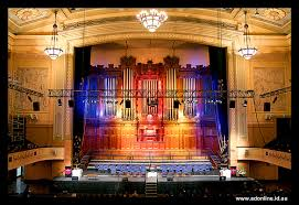3 Melbourne Town Hall With Colours Melbourne Town Hall