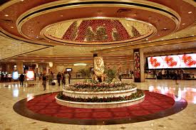 Mgm Grand Las Vegas Suites With 2 Bedrooms Mgm Grand Lobby Luxury Life Volume 1 Resorts Hotels
