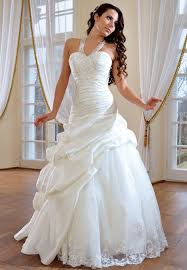 beautiful bridal gown ideas wedding dress buying tips on