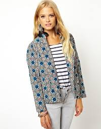 ASOS | ASOS Cropped Jacket in Quilted Floral Print &  Adamdwight.com