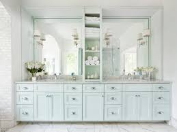 Photos Mark Williams HGTV - White marble bathroom
