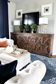 Modern Living Room Wall Decor 25 Best Ideas About Narrow Family Room On Pinterest Small