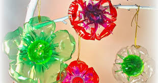 Christmas Decorations Made Out Of Plastic Bottles Ingenious Recycled Christmas Decorations Using Bottles Homey 35