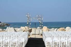 12 Beach Wedding Venues In California Weddings Wedding