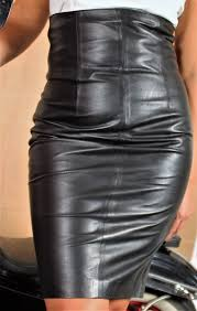 high waist leather skirt in genuine leather in black