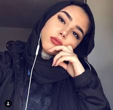 beautiful women beautyspo insram asma you makeup outfit modest muslimah