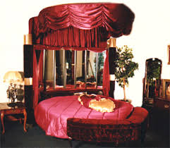 ... Heart Shaped Bed For Sale Round Collection PlayhouseUSA Ideas 17 ...