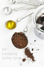 directions mix coffee grinds and olive oil