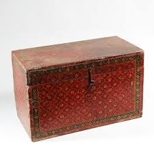 decorative red lacquered indian wooden box