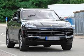 porsche macan restyling 2018. contemporary restyling 2018 porsche cayenne to gain 911style taillight strip on porsche macan restyling