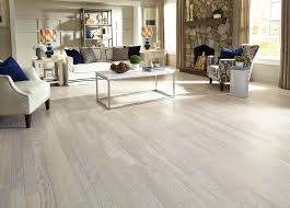 0930- Bellawood Matte Carriage House White Ash