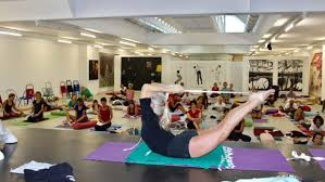 Learn About Iyengar Yoga Poses Asanas Sequences Yoga